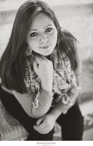 Muncie-South-Bend-Senior-Photography-Jennifer-Van-Elk_004-317x494.jpg