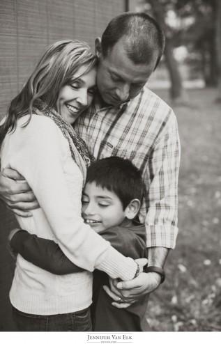 Muncie_South-Bend_Family_-Senior_Portraits-024-317x494.jpg