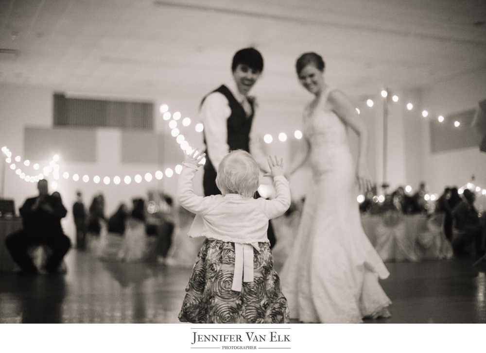 048 First dance wedding.jpg