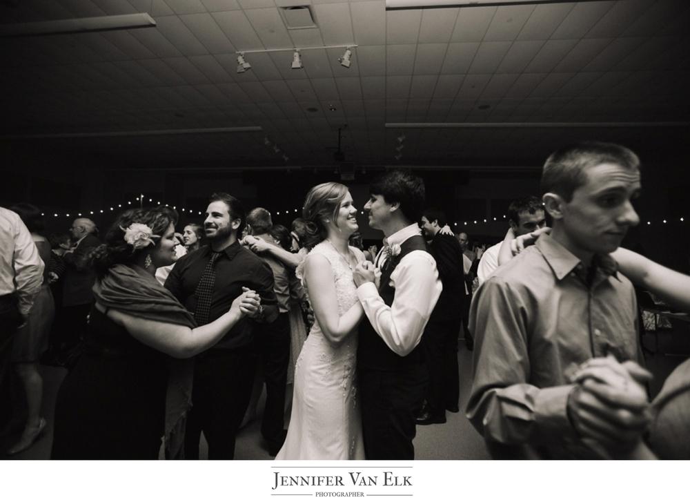 052 kiss on dance floor.jpg