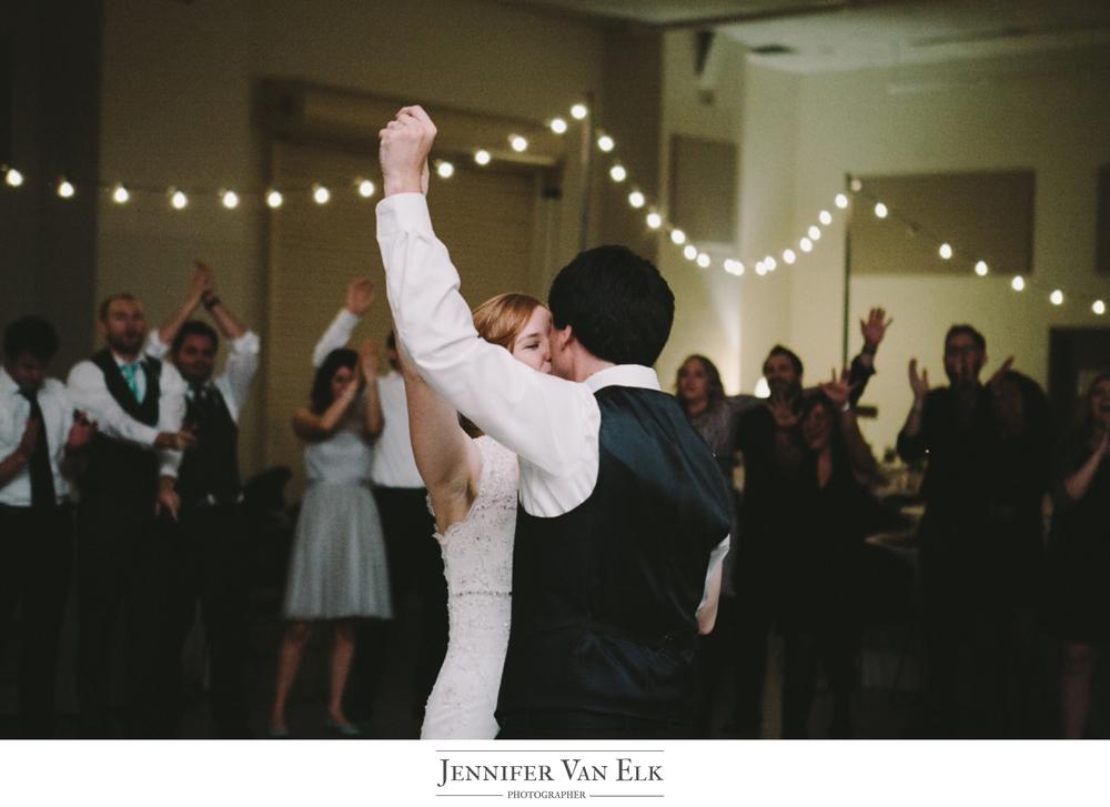 055 Mr Mrs dance.jpg