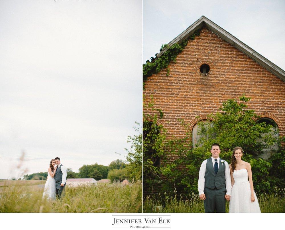 072 bride and groom old school house.jpg