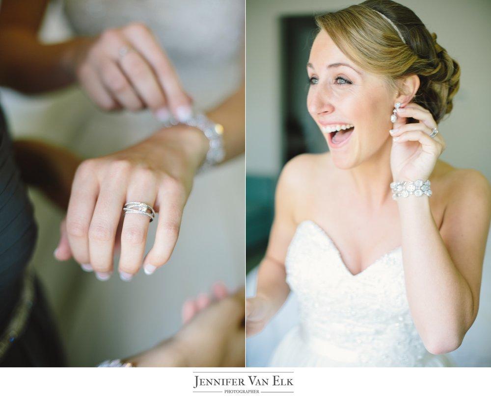 006 Brides jewerly.jpg