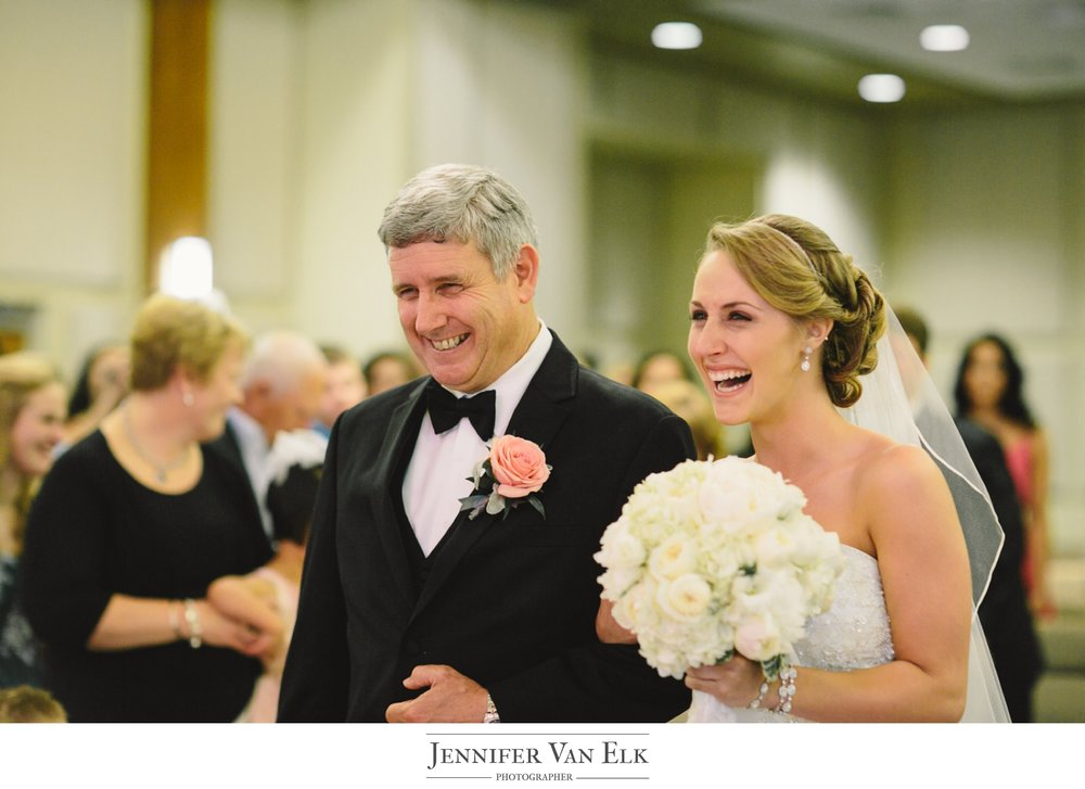 034 Bride and father.jpg