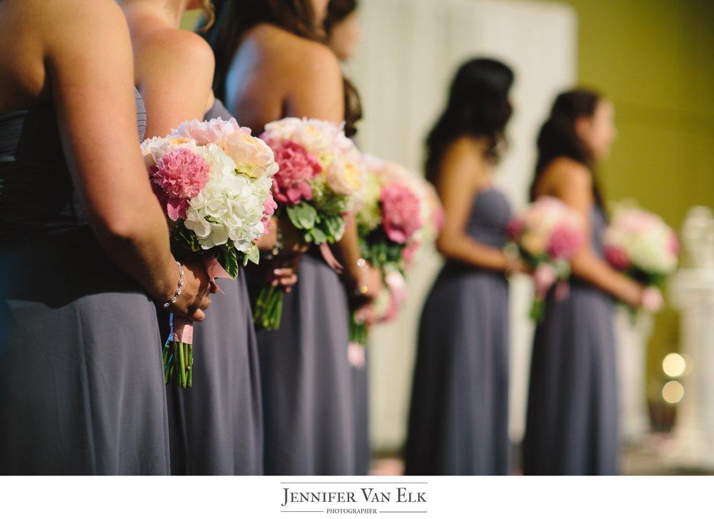 036 Bridesmaids with flowers.jpg