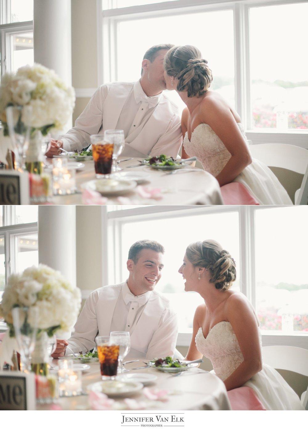059 bride and groom kiss indianapolis.jpg