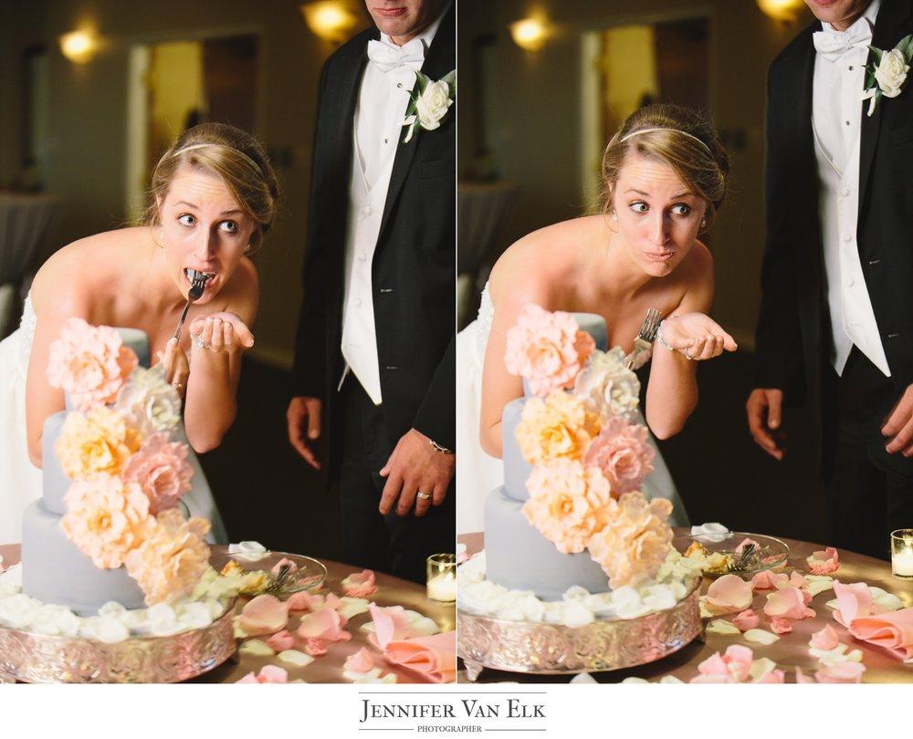 071 eating the cake.jpg