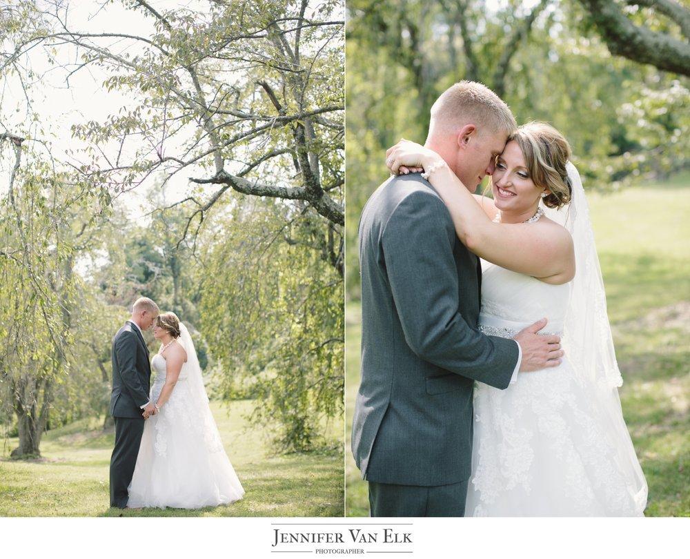 Cincinnati_030 bride and groom.jpg