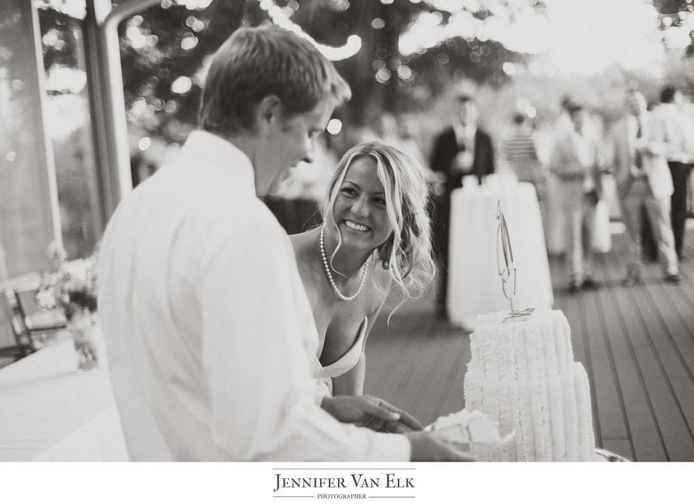 Indianapolis Wedding_049 cake cutting.jpg