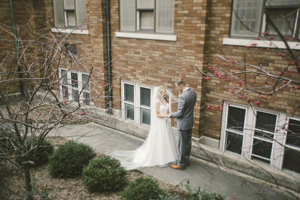 Muncie Wedding Photographers_020.jpg