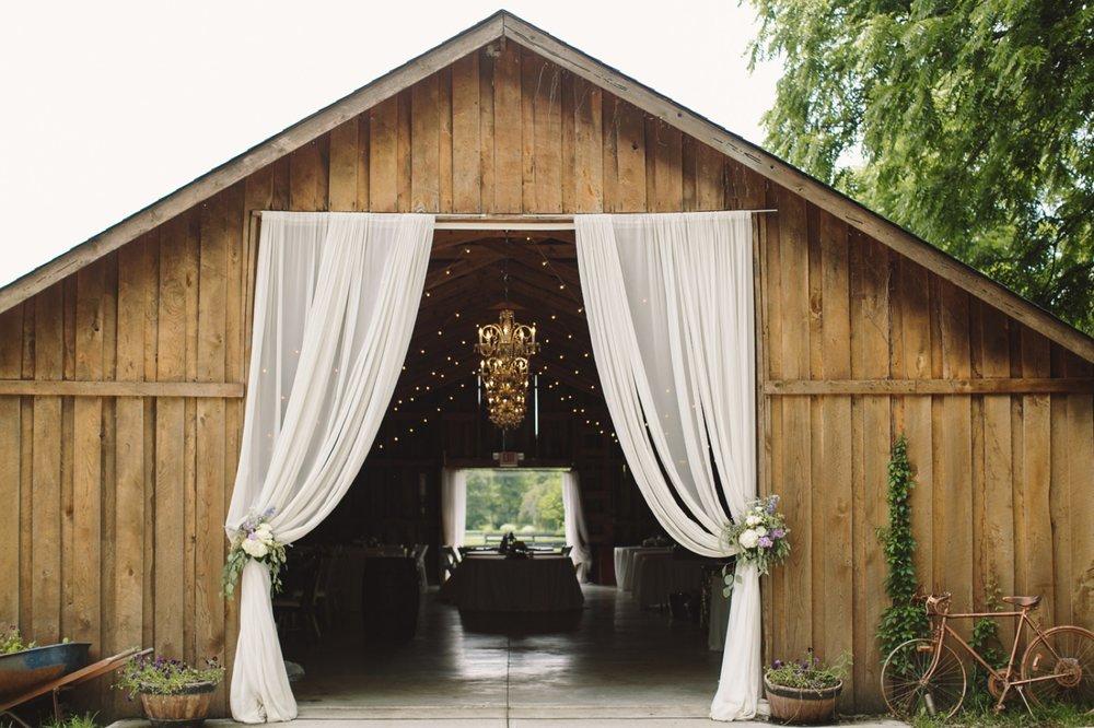 The Barn at Zionsville Wedding_003.jpg
