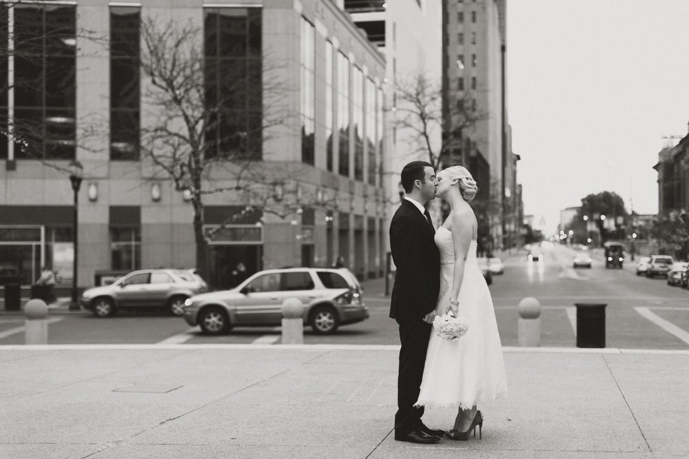 5 Monument Circle Indy Wedding_047.jpg