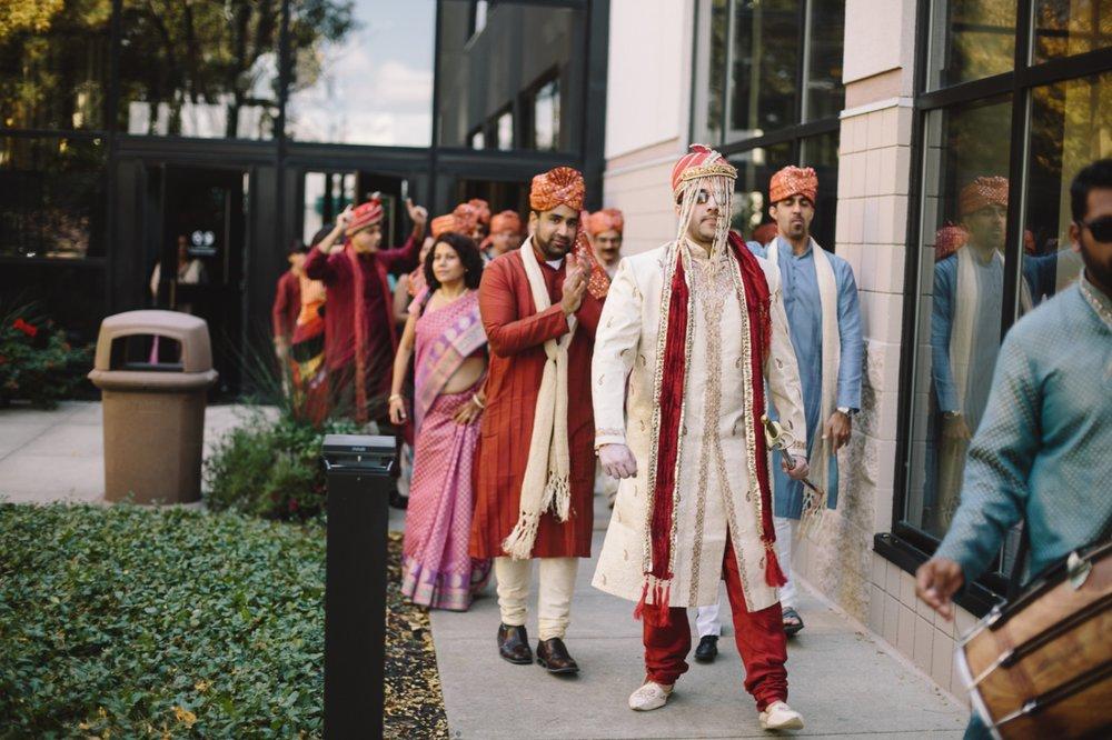 Muncie Indianapolis Indian Wedding Photographer_014.jpg
