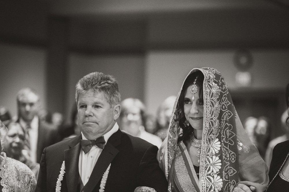 Muncie Indianapolis Indian Wedding Photographer_049.jpg
