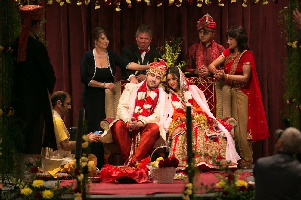 Muncie Indianapolis Indian Wedding Photographer_058.jpg