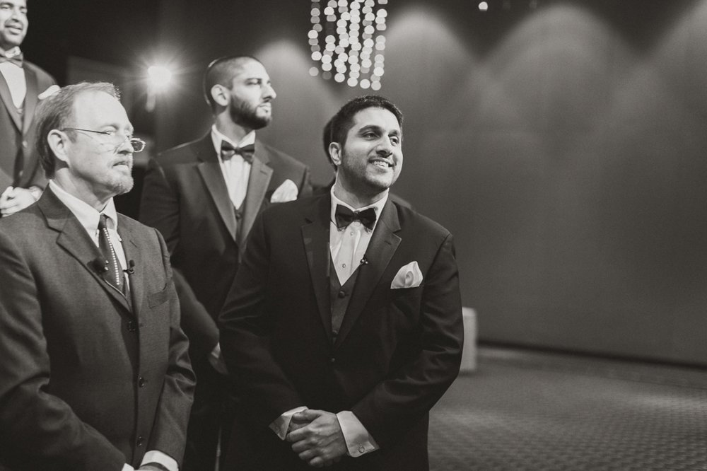Muncie Indianapolis Indian Wedding Photographer_071.jpg