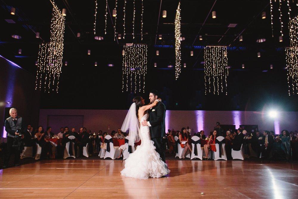 Muncie Indianapolis Indian Wedding Photographer_099.jpg