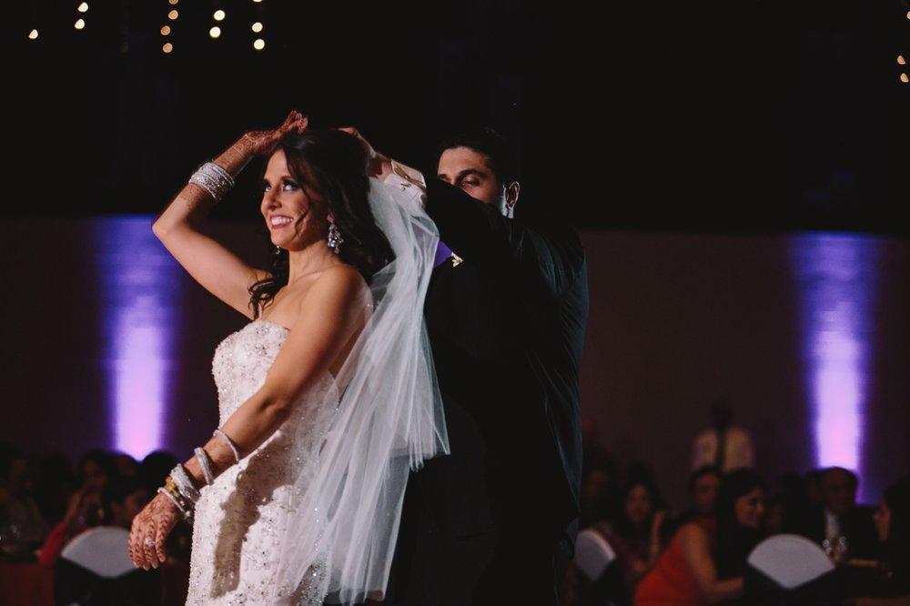 Muncie Indianapolis Indian Wedding Photographer_100.jpg