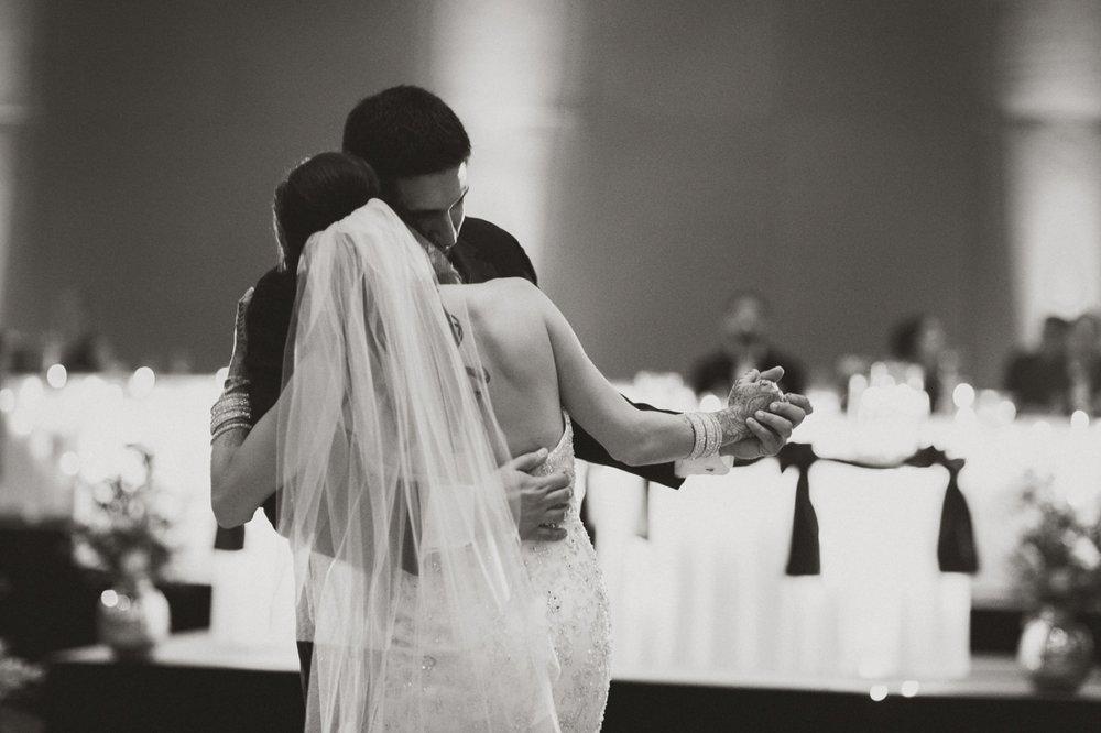 Muncie Indianapolis Indian Wedding Photographer_101.jpg