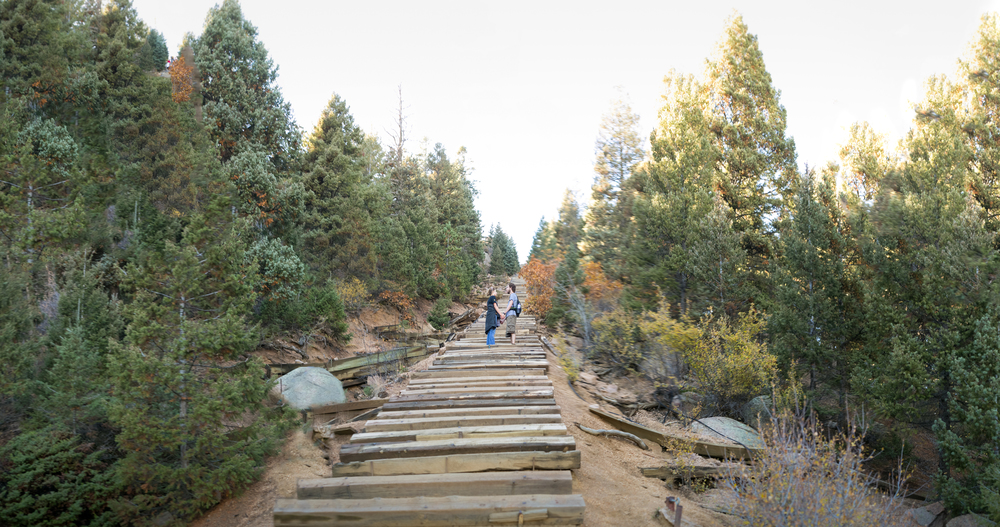 Panorama of Jason and Mandy on the Manitou Incline