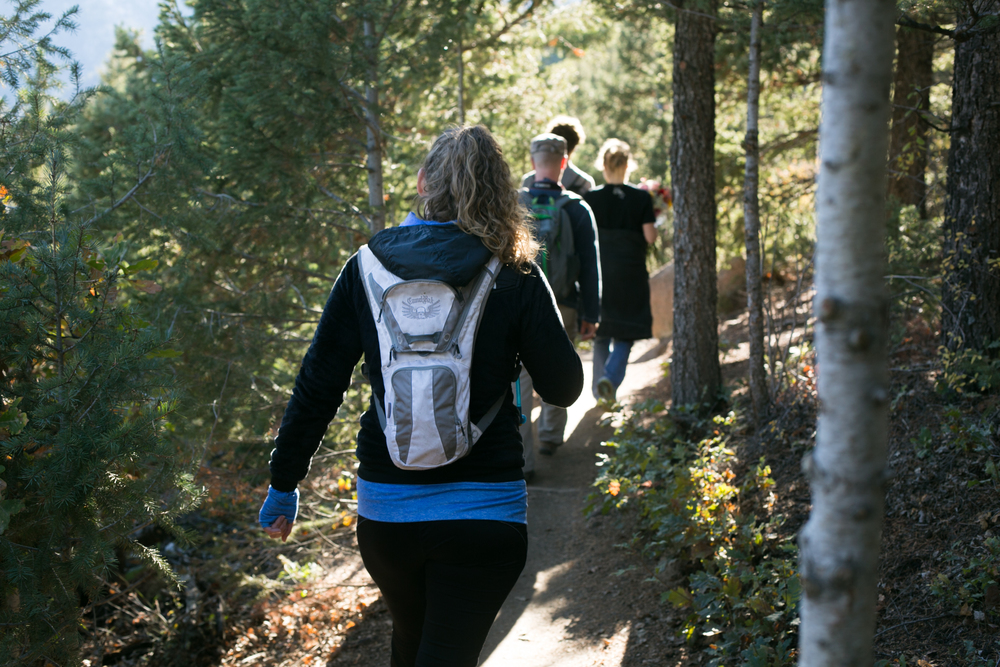 Hike Down the Barr Trail