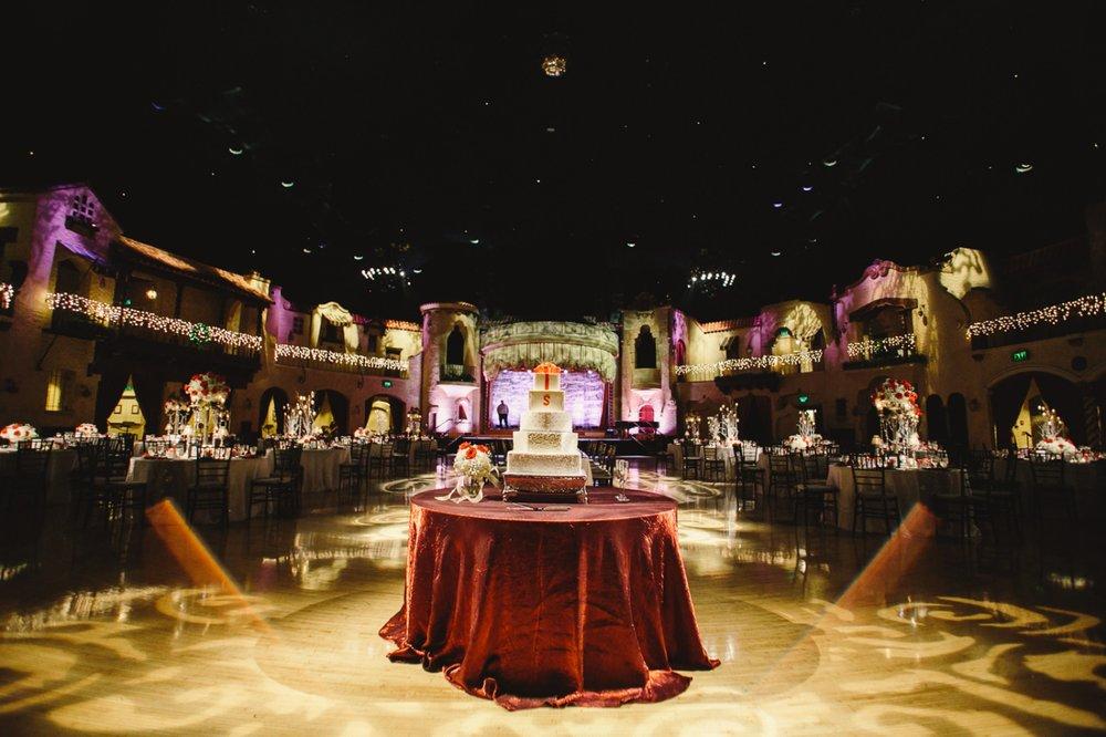 Indiana Roof Ballroom Wedding_073.jpg