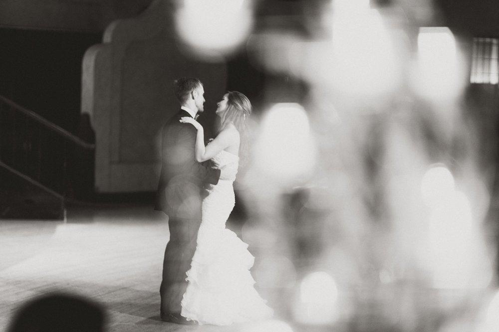 Indiana Roof Ballroom Wedding_096.jpg