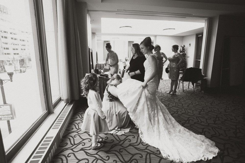 A Hyatt Downtown Wedding_020.jpg