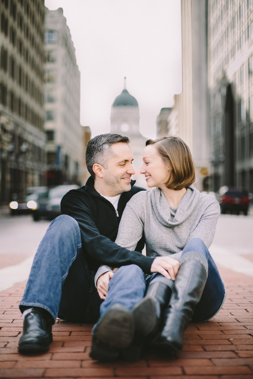 Downtown Indianapolis Engagement 07