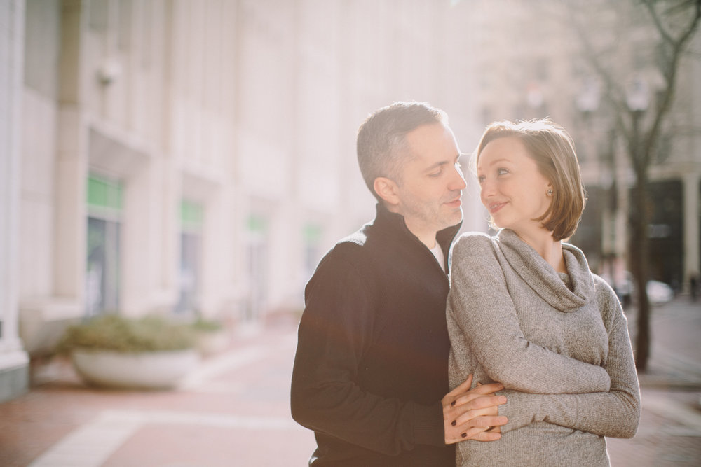 Downtown Indianapolis Engagement 08