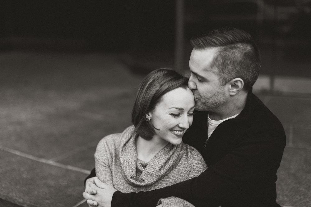 Downtown Indianapolis Engagement 18