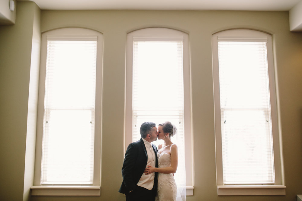 Indiana Landmarks Center Wedding Photos 20