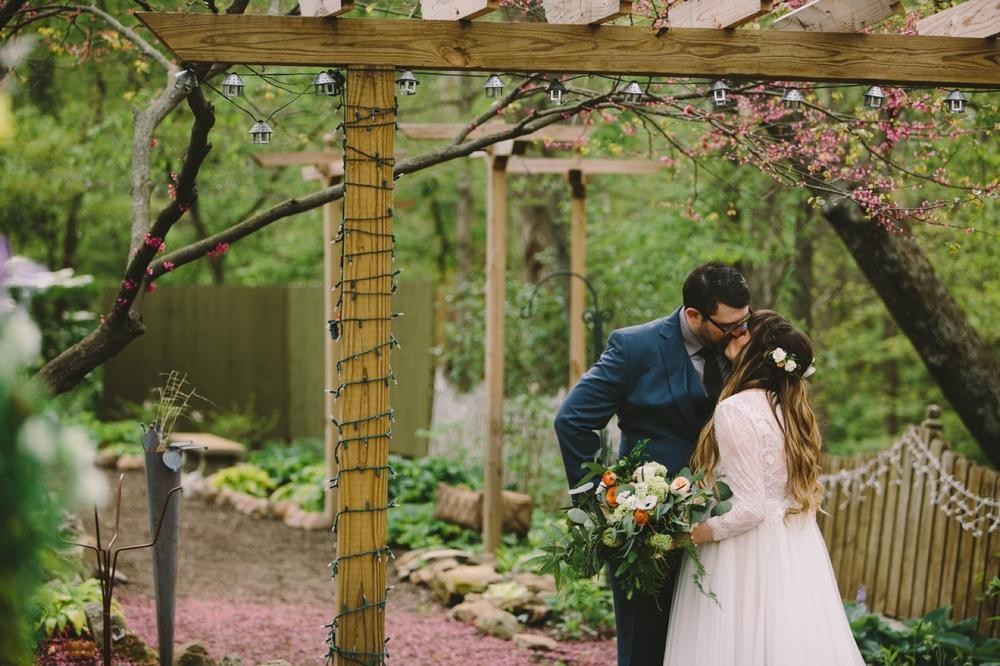 Andrea Scott Avon Gardens Wedding_031.jpg