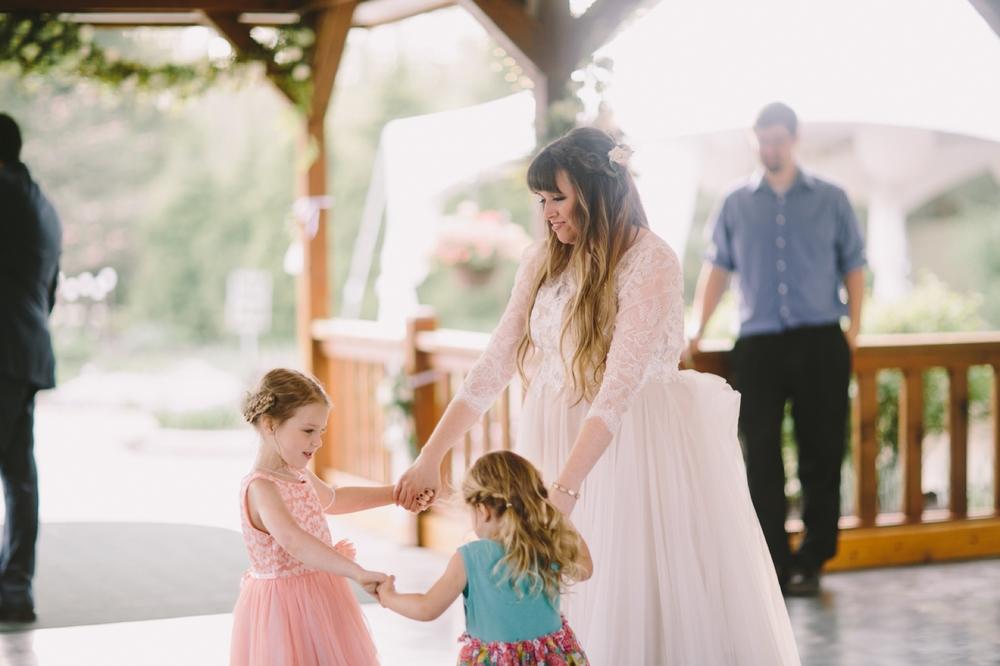 Andrea Scott Avon Gardens Wedding_099.jpg
