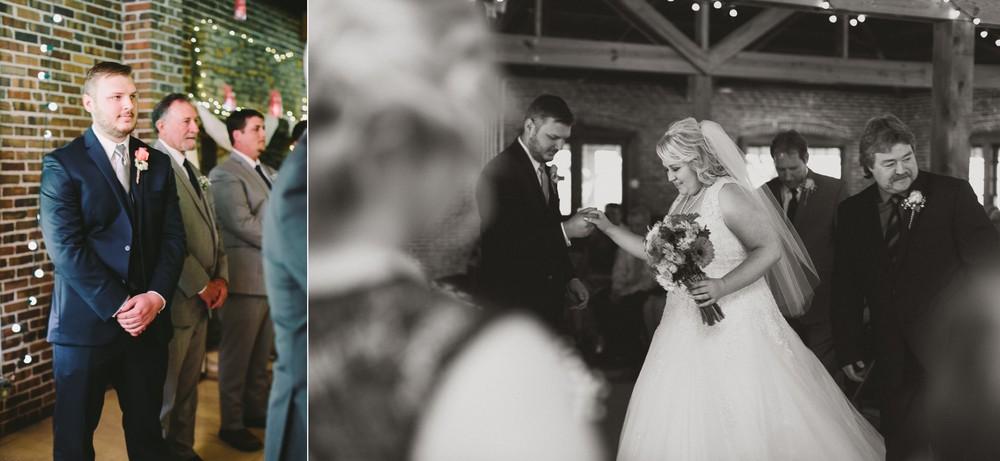 Indiana park wedding_056.jpg