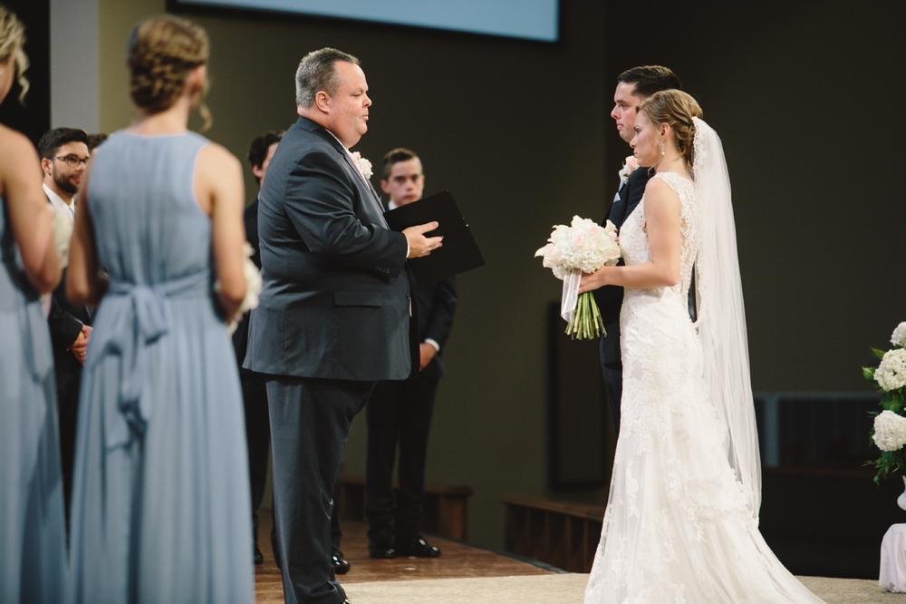 Indianapolis_Wedding_Photography_015.jpg