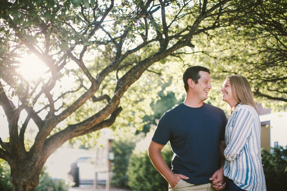 Indianapolis_Engagement_Session_003.jpg