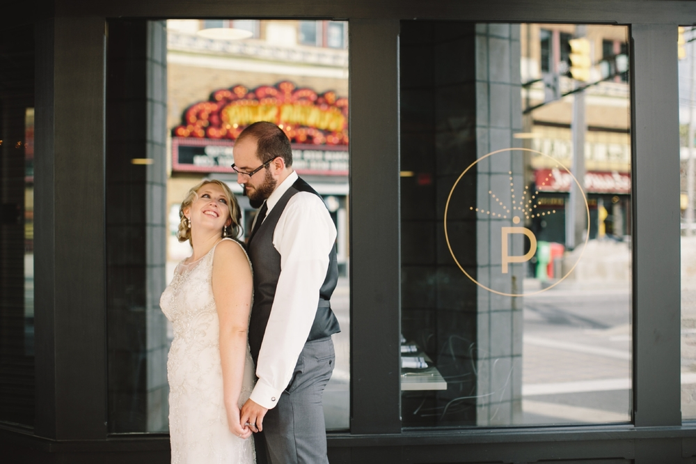 Fountain_Square_Indy_Wedding_041.jpg