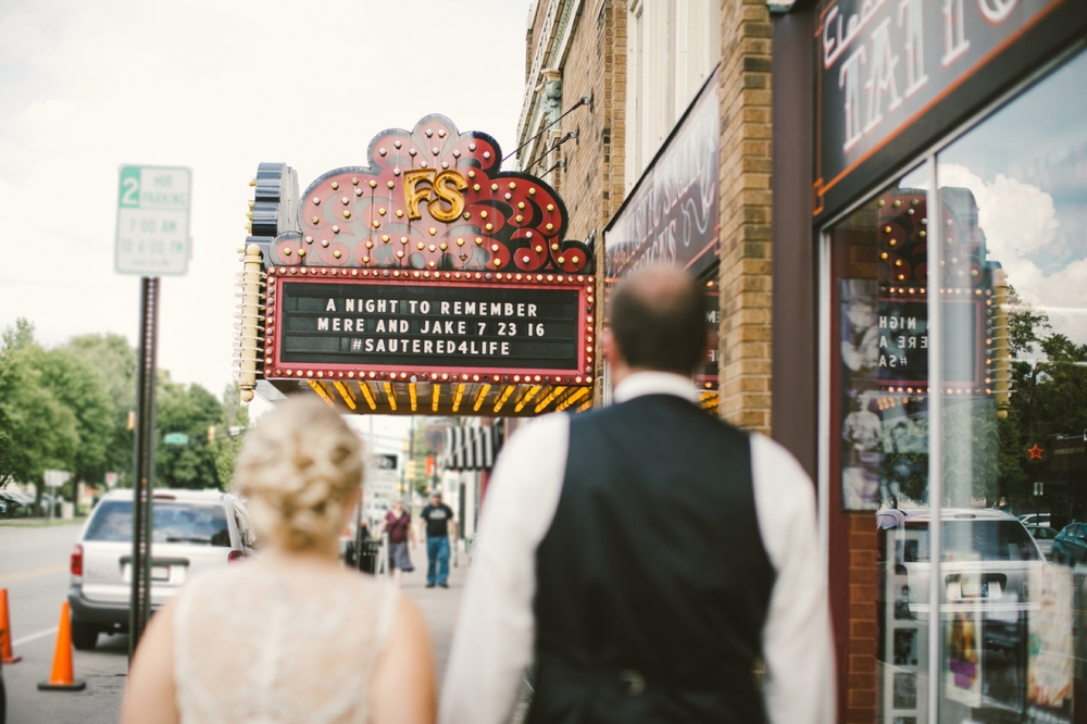 Fountain_Square_Indy_Wedding_044.jpg