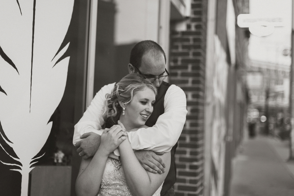 Fountain_Square_Indy_Wedding_066.jpg