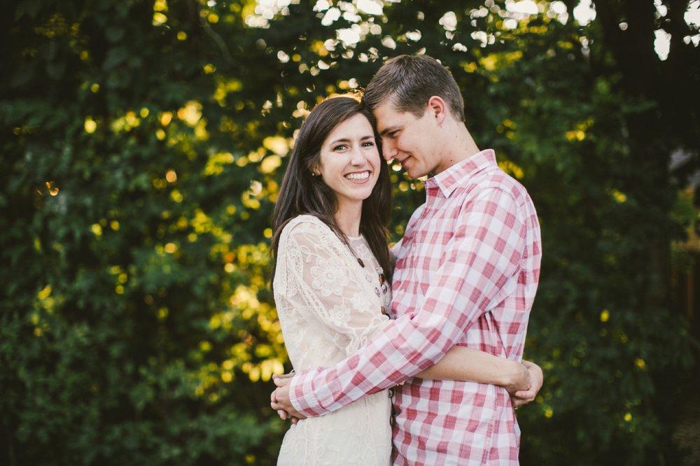 Carmel_Engagement_Photos_011.jpg