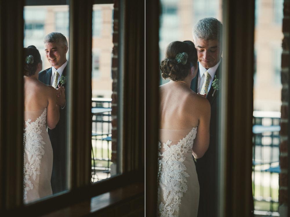 Indianapolis_Wedding_Photography_019.jpg