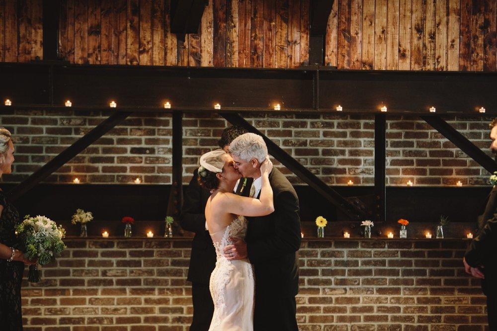 Indianapolis_Wedding_Photography_070.jpg