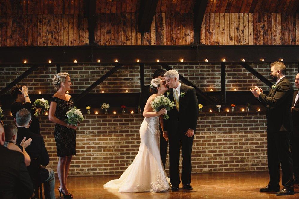 Indianapolis_Wedding_Photography_073.jpg