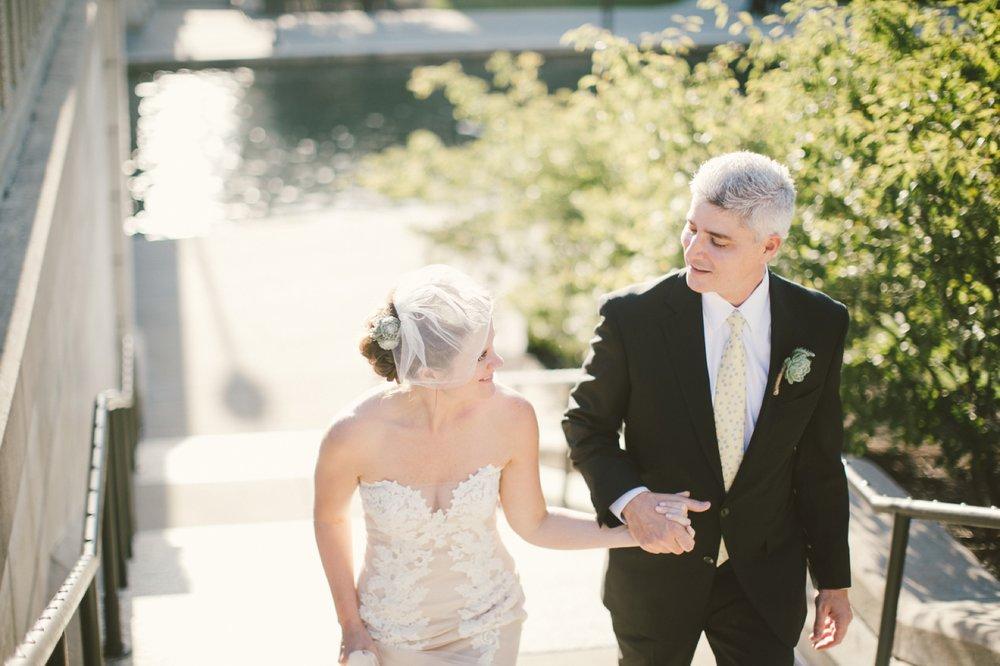 Indianapolis_Wedding_Photography_082.jpg