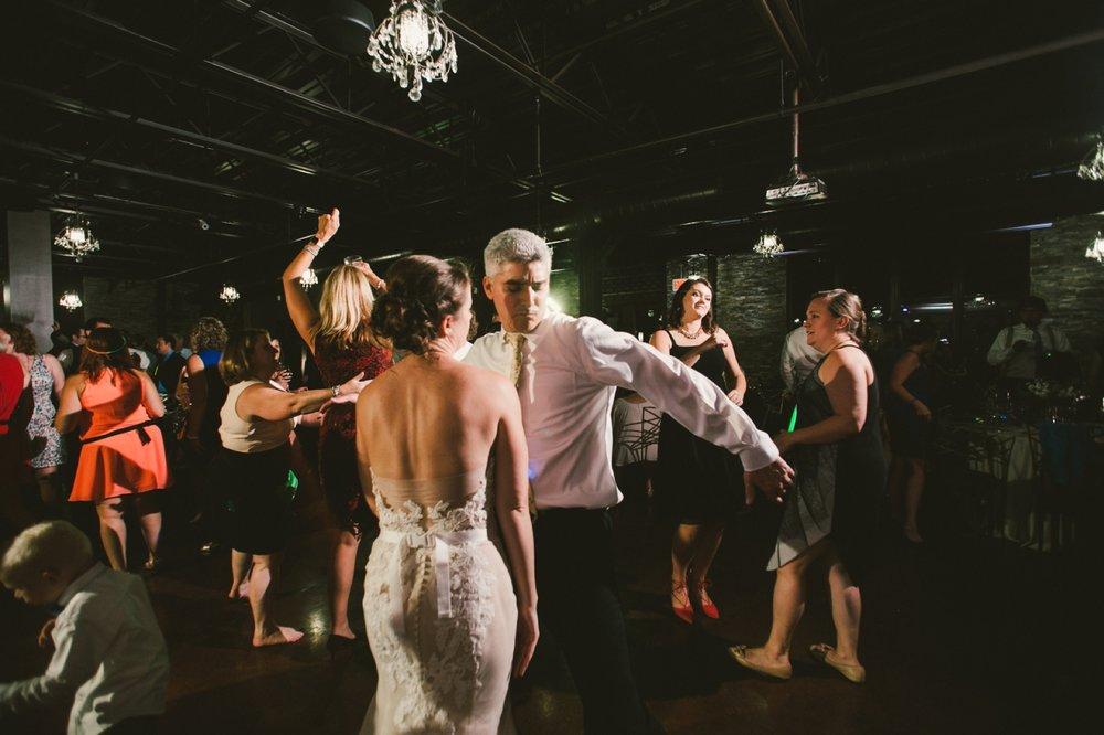 Indianapolis_Wedding_Photography_108.jpg