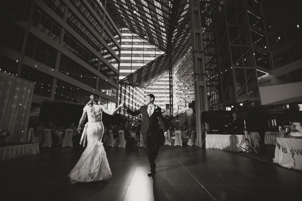 Notre Dame Wedding_083.jpg