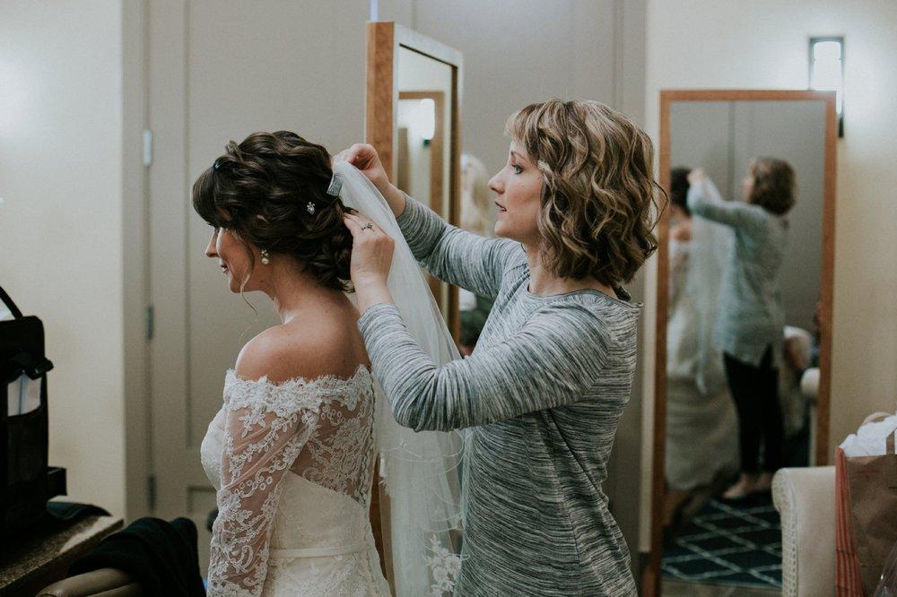 Louisville Wedding_021.jpg