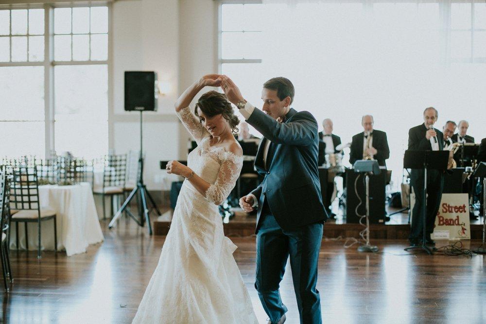 Louisville Wedding_075.jpg