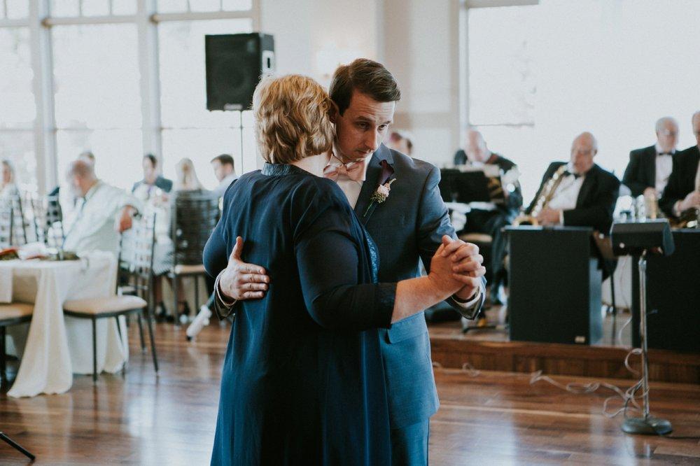 Louisville Wedding_092.jpg